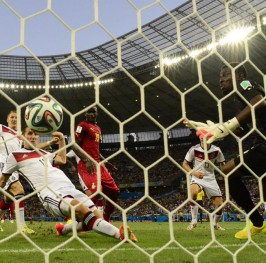 Klose salva a Alemania de la debacle ante una ilusionante Ghana