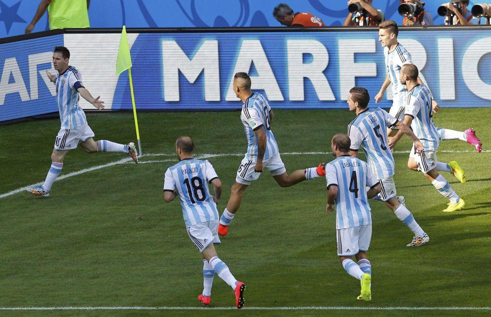 Messi lidera a Argentina en su victoria ante Nigeria