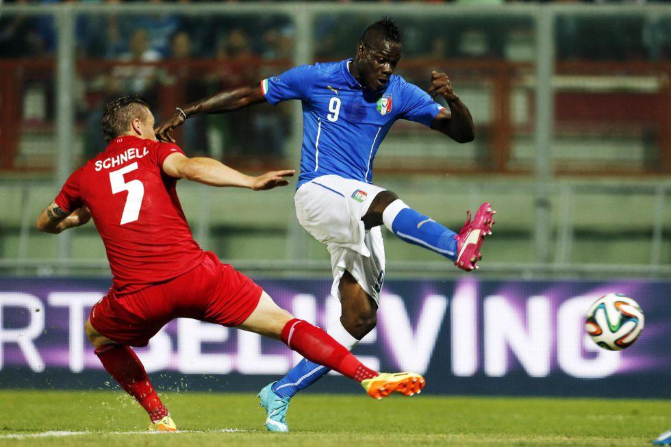 Italia no puede pasar del empate ante Luxemburgo