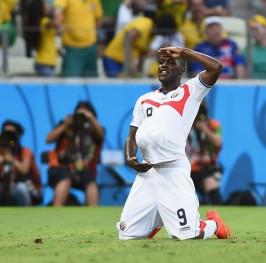 Costa Rica da la sorpresa ante Uruguay con un gran Campbell