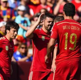 España vence a El Salvador con un espectacular Villa