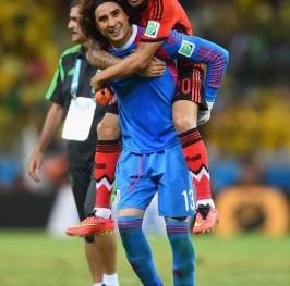 Brasil no puede pasar del empate ante México