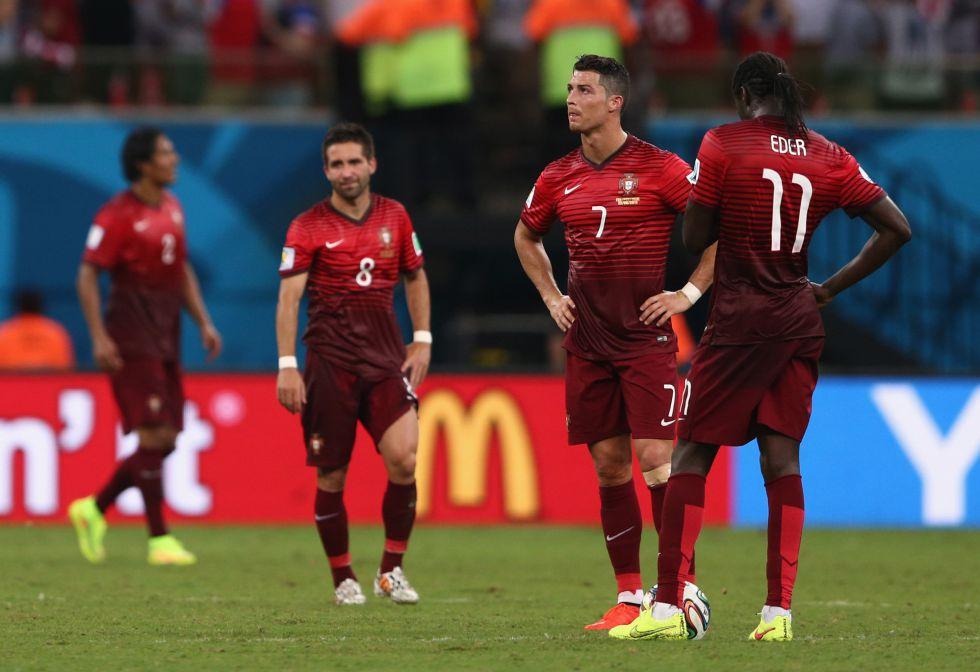 Portugal se salva en el ?ltimo suspiro pero est? casi fuera